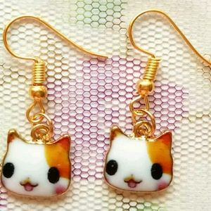 Kawaii kitty face earrings dangle gold tone BONUS